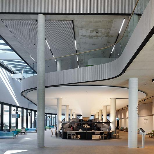 Textile Linear Walls Interior - Heartfelt® / Hunter Douglas Architectural (Europe)