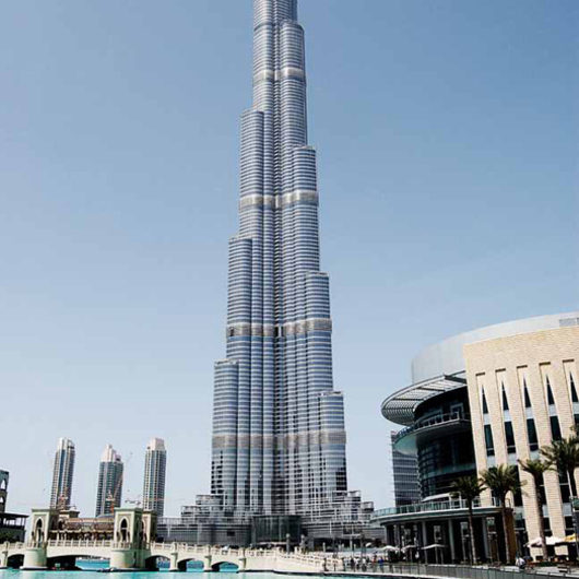Burj Khalifa, Dubai / Agorex Pro-line