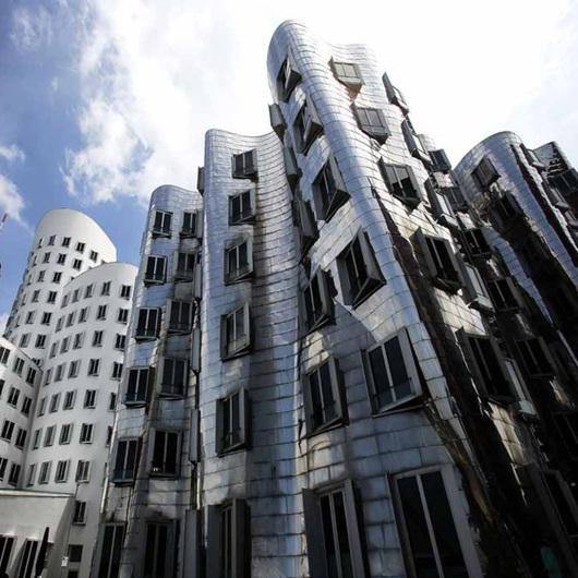 Agorex Pro-line en Gehry Building / Agorex Pro-line
