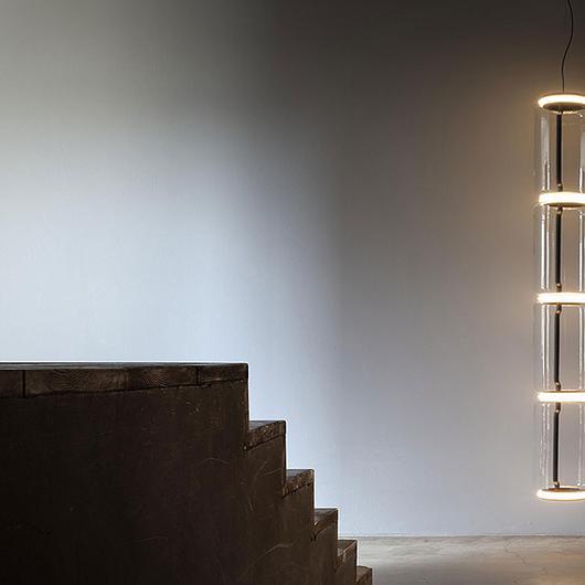 Lámparas de suspensión / Flos