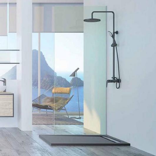 Platos de ducha y mamparas Strohm / Teka
