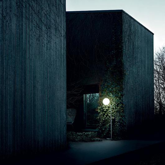 Lámparas exteriores de piso / Flos