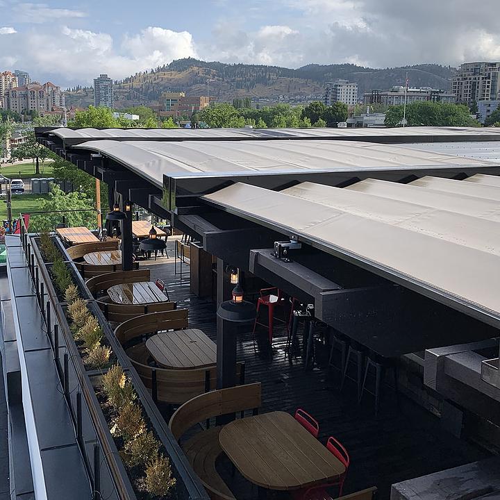 Outdoor Roof - Retractable