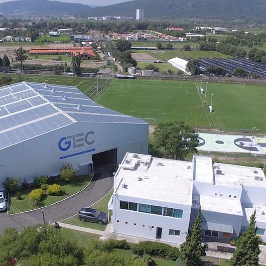 Fábrica de puertas y frentes GTEC / Grupo Tenerife