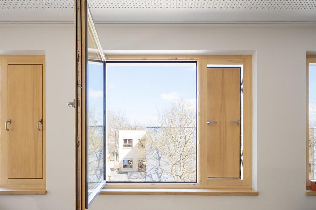 Wood-Aluminum Window - TA35 SK