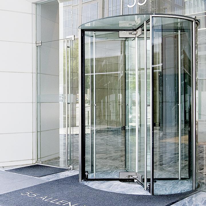 Entrance Doors - Revolving Door 4000 Series