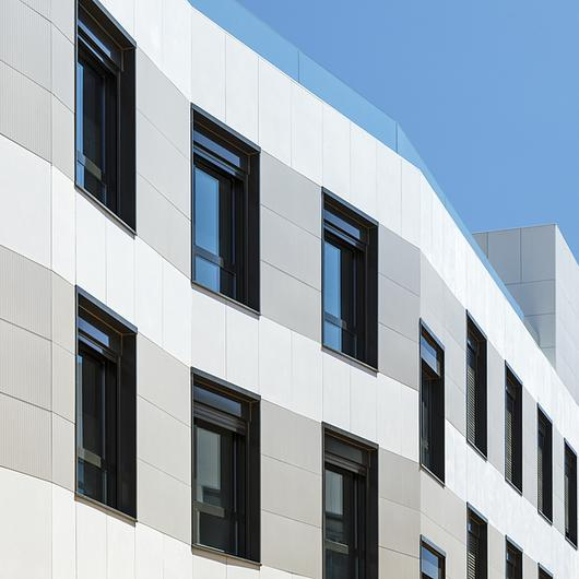 Ventilated Façade in Residential Complex / ULMA Architectural Solutions