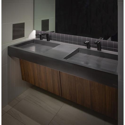 Bathroom Equipment in Studios Restroom
