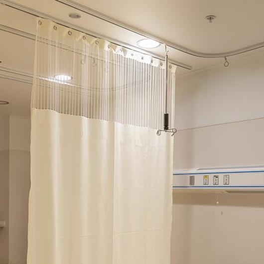 Sistema de cortinas clínicas