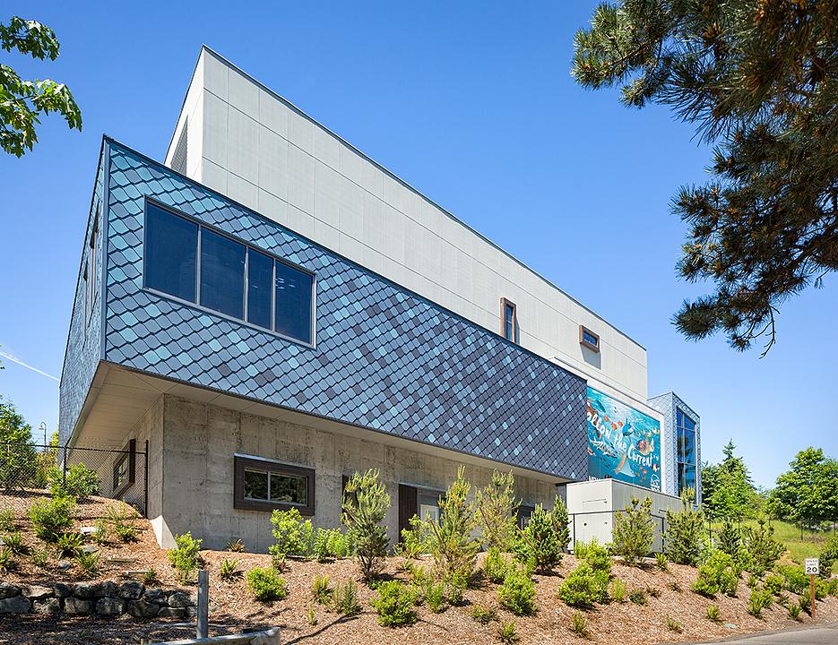 Marine Blues Metal Cladding  on Point Defiance Zoo & Aquarium (PDZA)