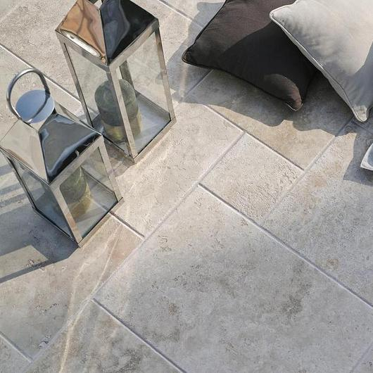 Revestimiento de piedra natural - Travertino / Porcelanosa Grupo
