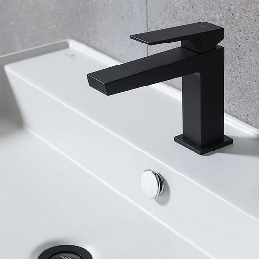 Grifería de baño Noken - Square / Porcelanosa Grupo