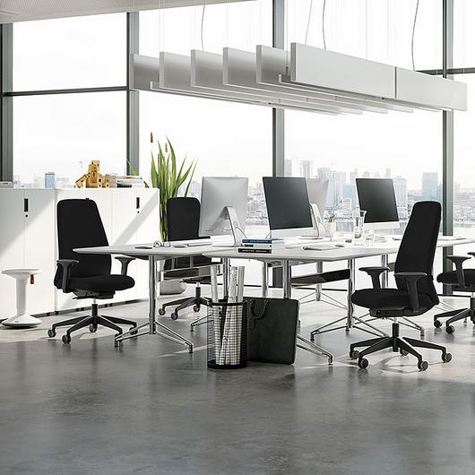Chairs - NEW EVERYis1 / Interstuhl