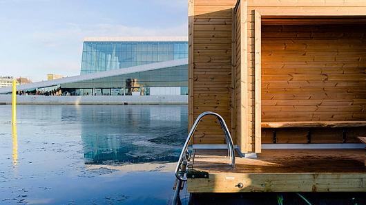 Floating Sauna in Oslo   Photos Ragna Fjeld