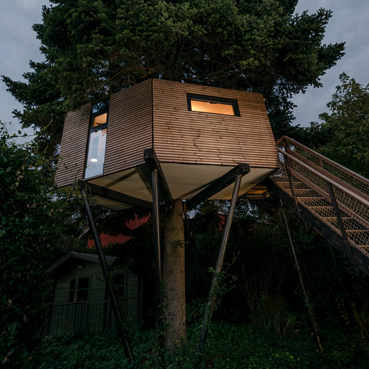 How to Build a Treehouse with Lunawood Thermowood