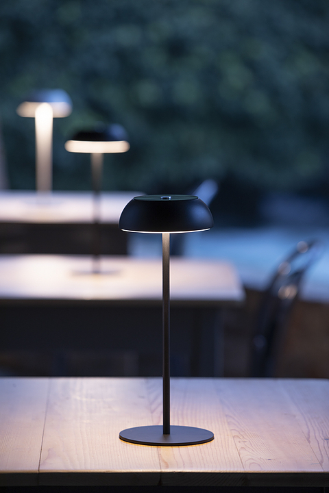 Portable Lamp - Float by Mario Alessiani from Axolight padstyle