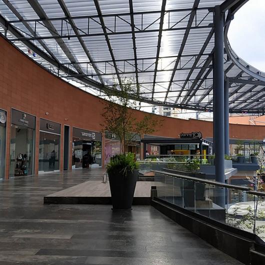 Paneles 3DLITE - Centro comercial Punto Sur / Danpal