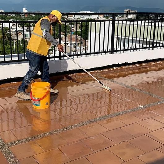 Impermeabilización de terrazas y balcones sin demoler / Sika
