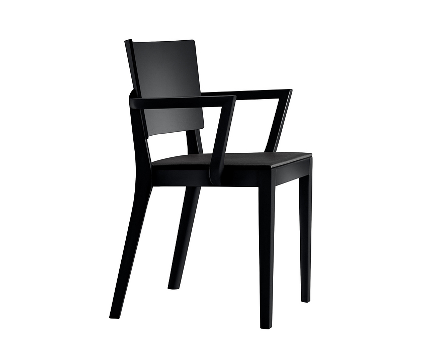 Wooden Chair - status 6-413a