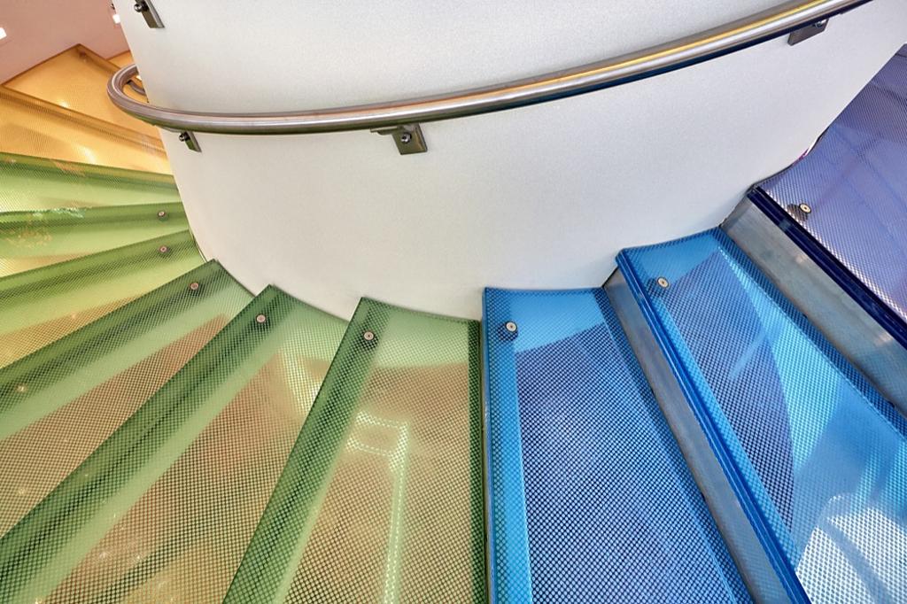Digital Ceramic Slip-resistance