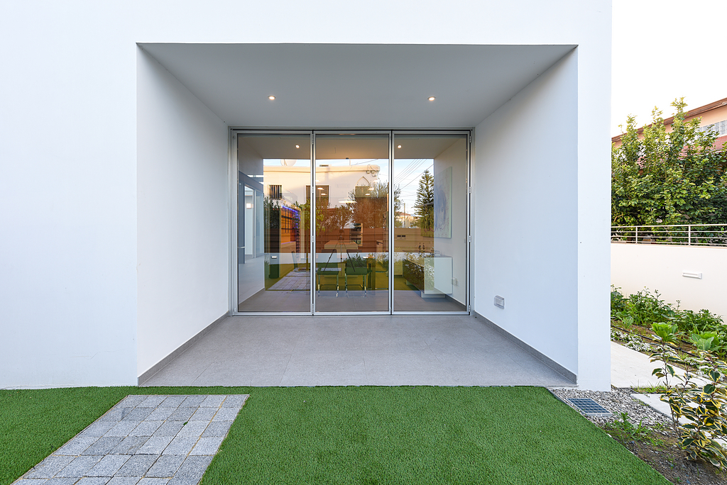 Minimal Folding Door – Rabel 3800 Slim Super Thermal