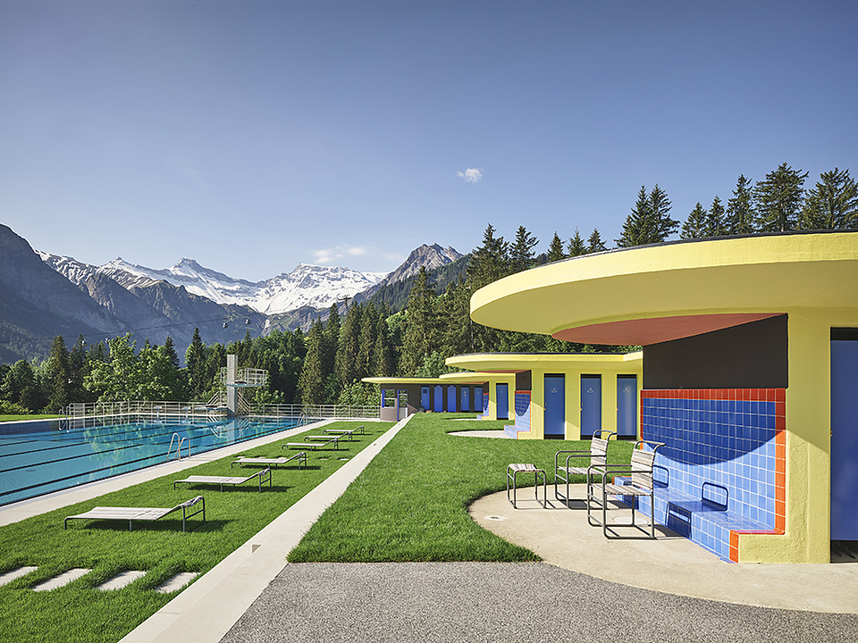 Keim Paint in Adelboden Swimming Pool