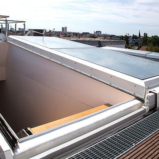 Flat Roof Exit Comfort Solo / LAMILUX