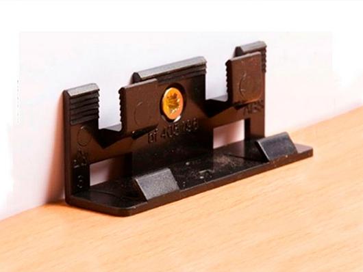 Clip Instalación guardapolvo