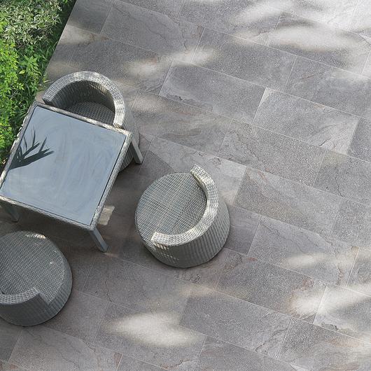 Porcelanatos de exterior / Atika