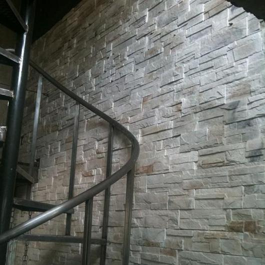 Piedra residencial - Risco Suroeste / Metaldesign
