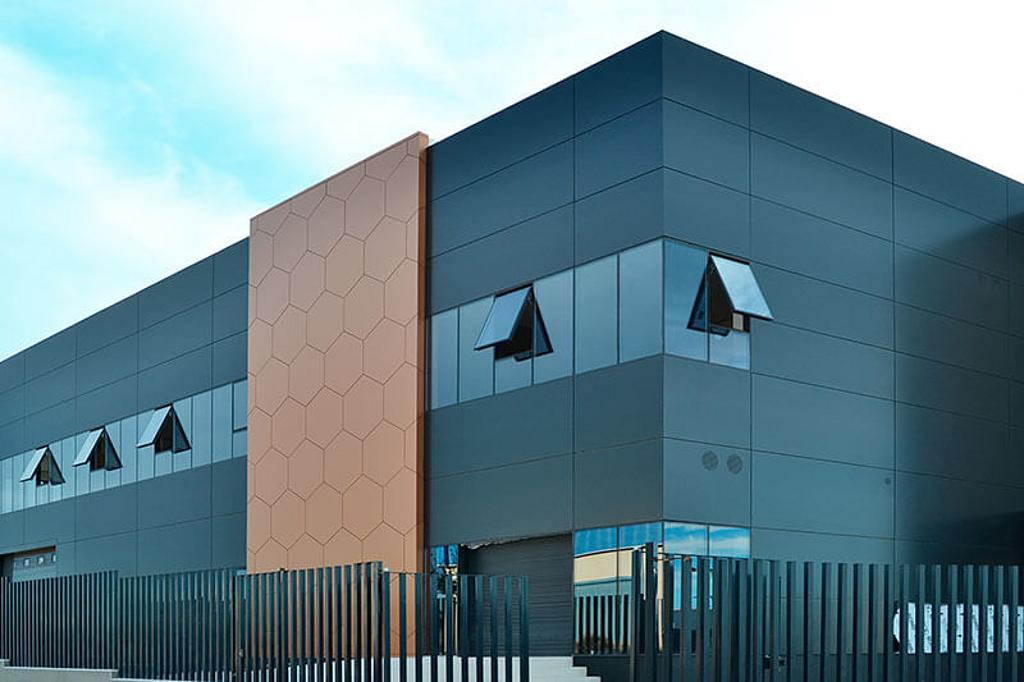 Fachadas ventiladas - Strugal Panel Composite