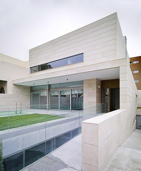 Sistema de fachadas ligeras - Strugal S52CRi/SGi