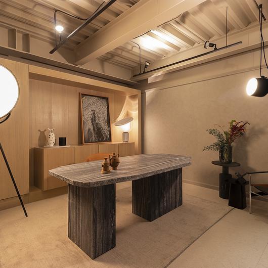 """Design Week - Iluminación en """"Cueva de aislamiento"""" / Lutron"""