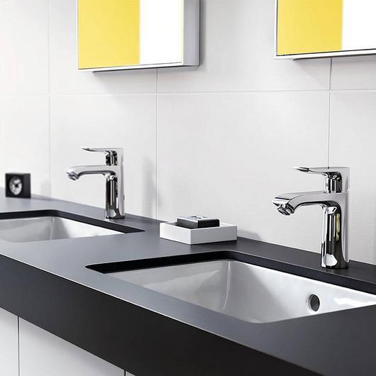 Bathroom Mixers - Metris
