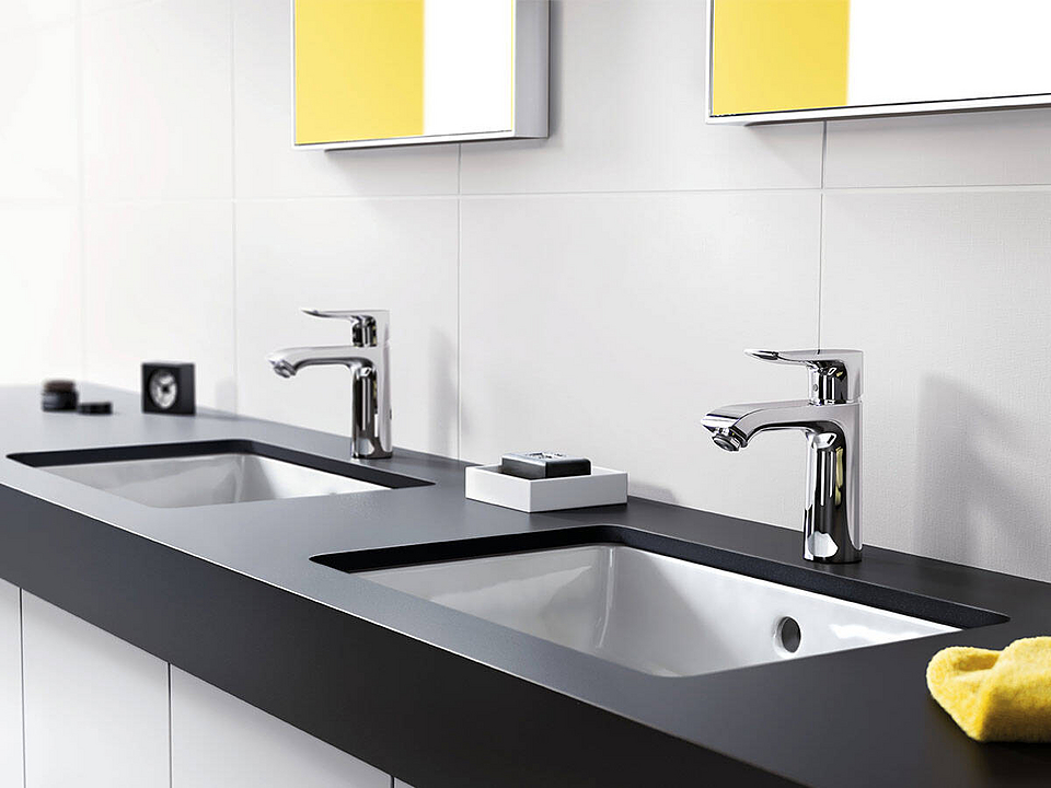 Bathroom Mixers - Metris