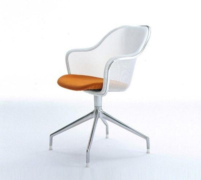 Chair - Luta IU68A