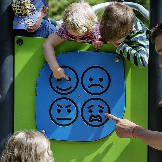 Paneles de juego - Freestanding Play Panels™ / UrbanPlay