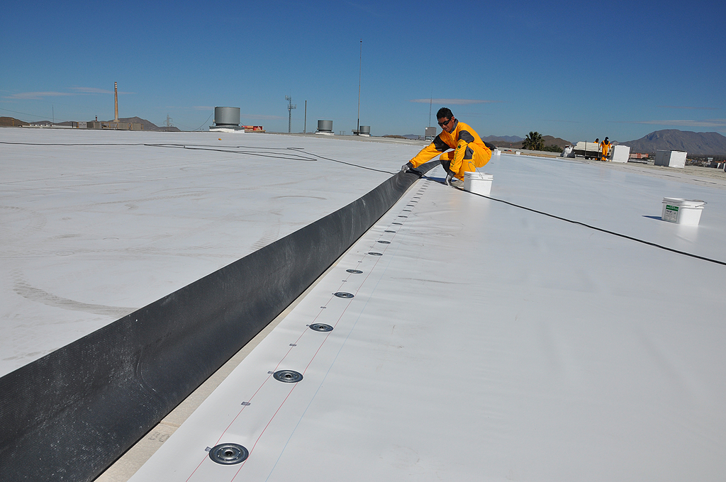 Membrana para impermeabilización de cubiertas - Sarnafil G410 y S327