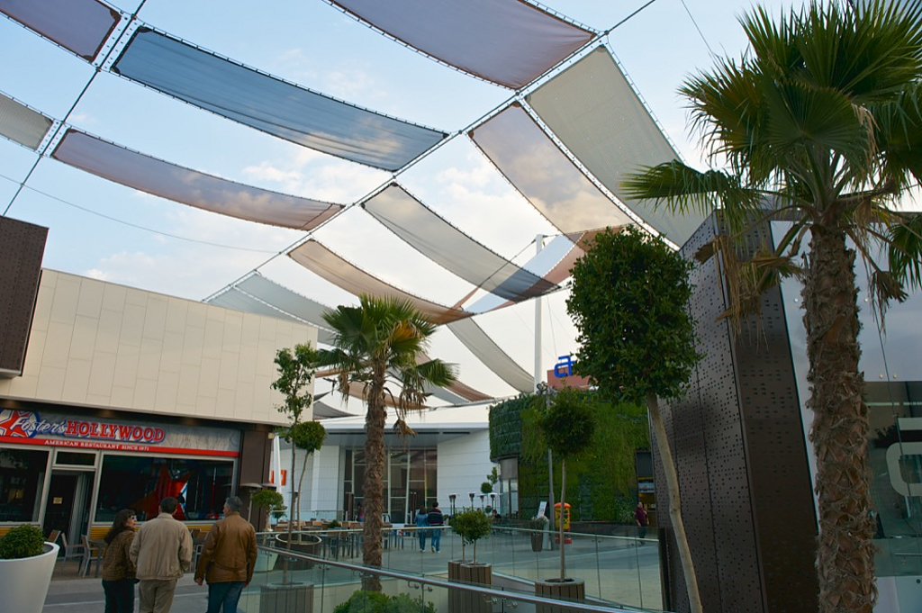 Tensile Architecture: Cable Grids and Shades