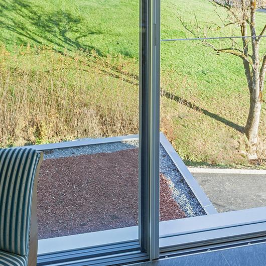 Fall-Proof Sliding Windows