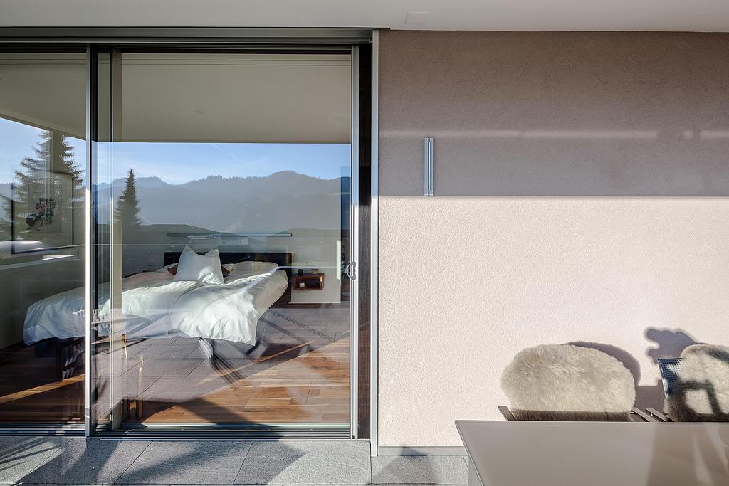Sliding Window Gap Ventilation