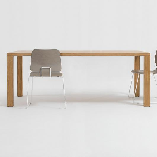 Wooden Table - Pjur / Zeitraum