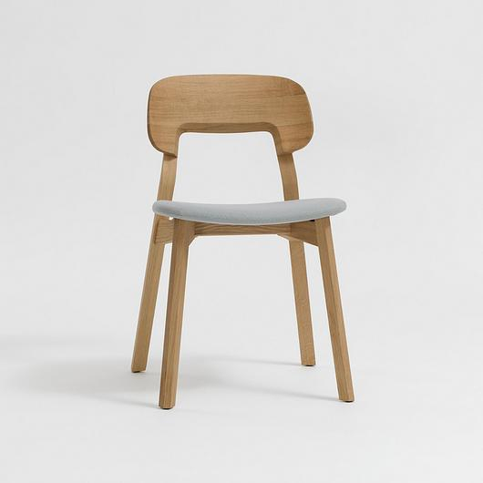 Wooden Chair - Nonoto / Zeitraum