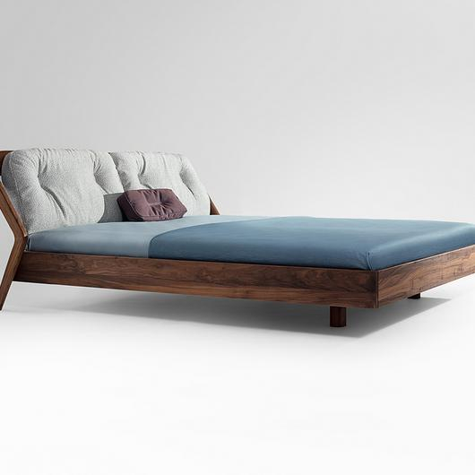 Wooden Bed - Friday Night / Zeitraum