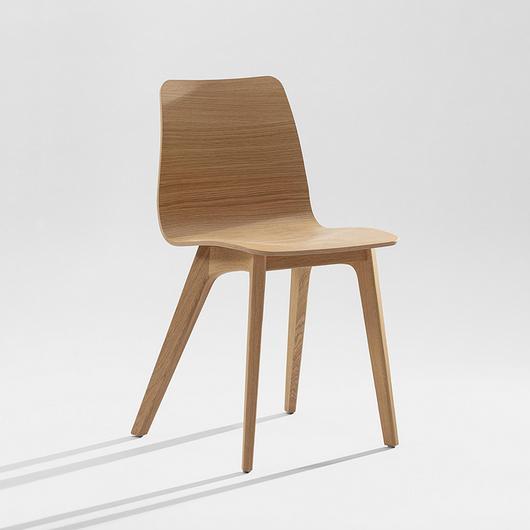 Wooden Chair - Morph / Zeitraum