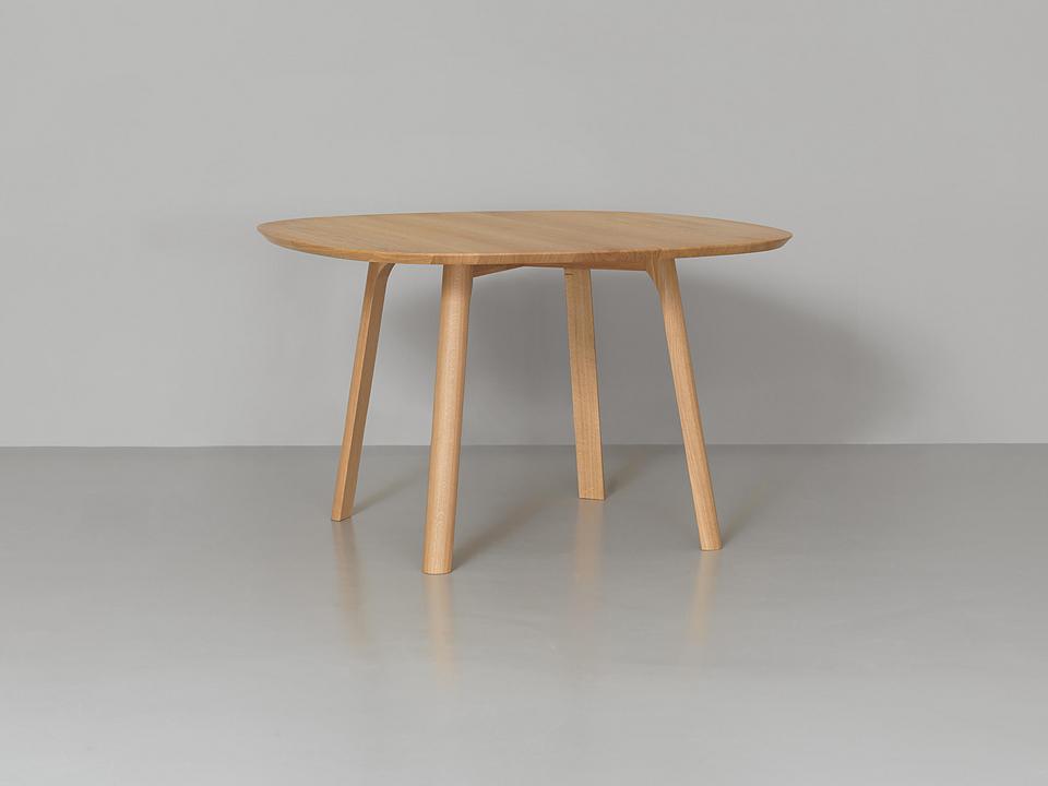 Round Table - Rail Dine