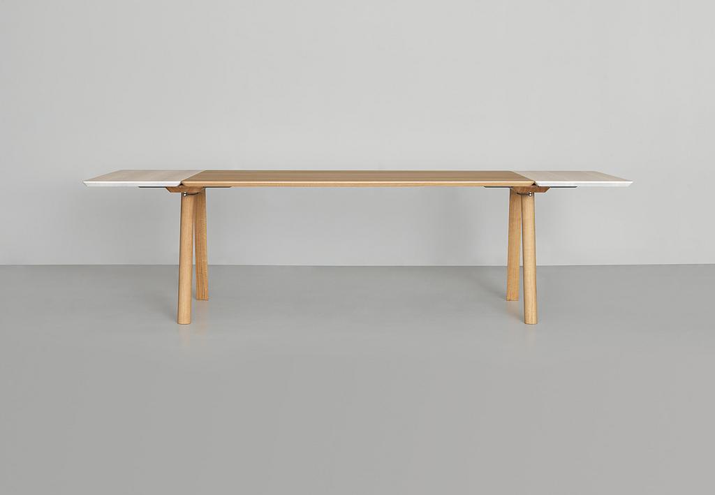 Extendable Table - Rail
