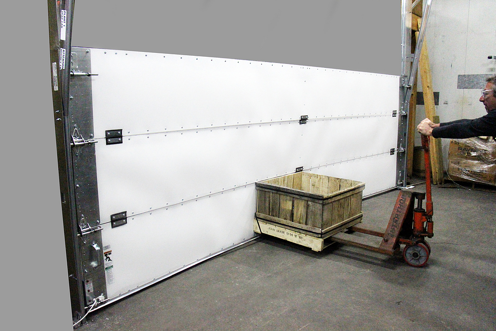 Thermal Sectional Doors - FlexFamily™