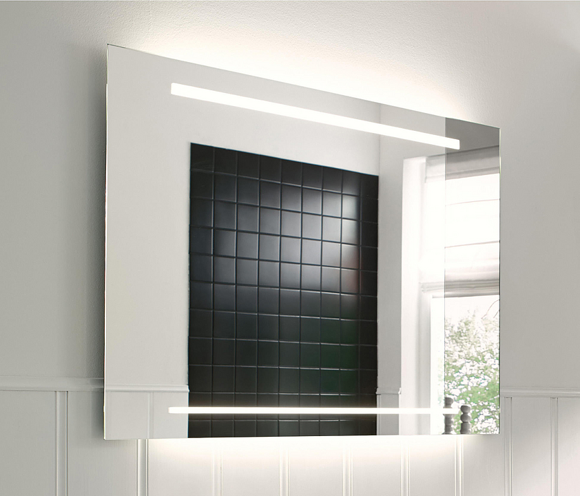 Mirror With LED - Essento