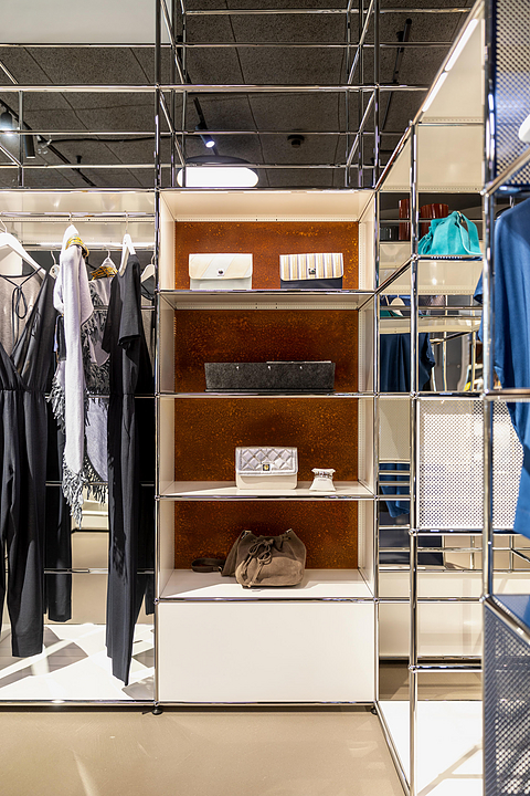 Shelves - Haller E